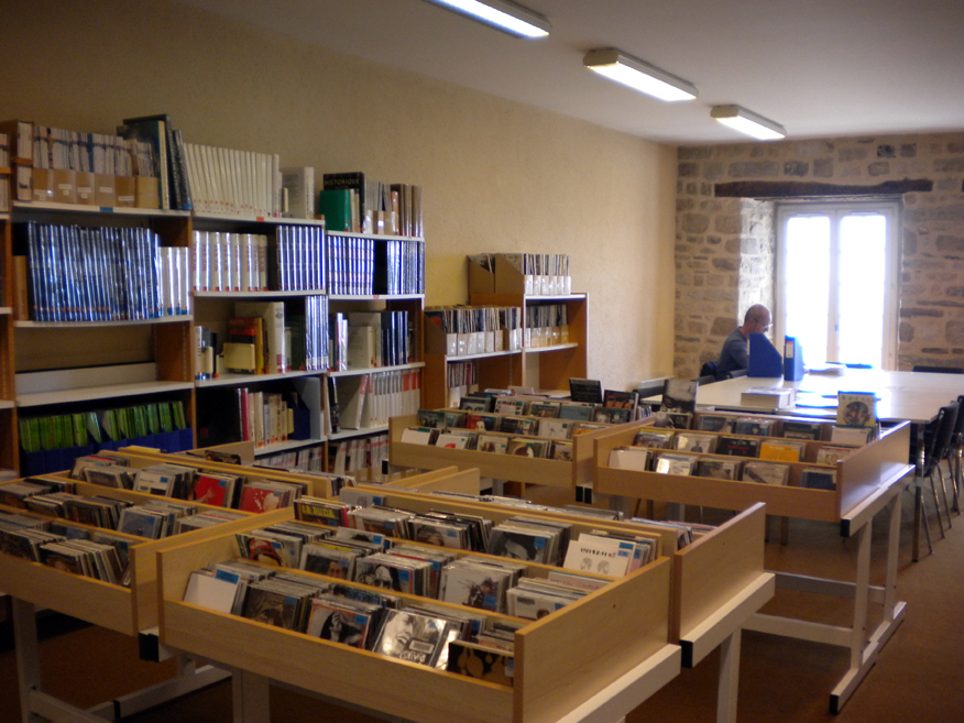 CD, Documentaires et Espace de Travail