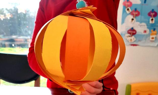 Atelier à la maison : Créer sa boule de Noël